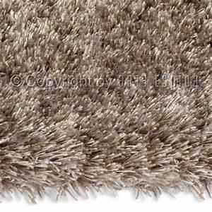 Tapis Bambou 200x300 : grand tapis shaggy vert par arte espina ~ Teatrodelosmanantiales.com Idées de Décoration