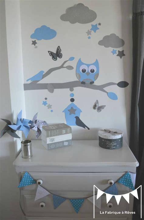 chambre bebe gris bleu stickers bleu ciel gris argent décoration chambre enfant