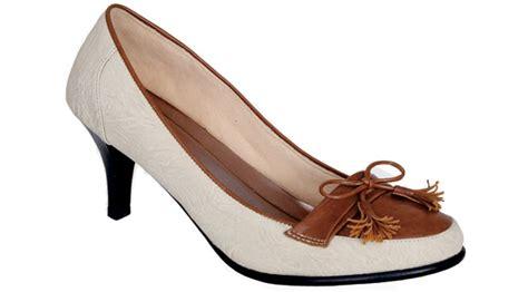 45+ Model Sepatu Sekolah Wanita Dengan Gaya Kekinian 2018 Sepatu Anak Paud Geox Original Ardiles Tokopedia Lol Arcanine Shanaya Debby Bukalapak