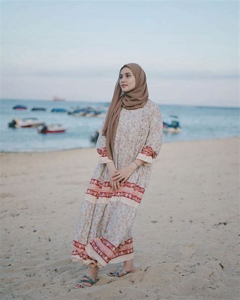 ide gaya hijab   pantai anggun  modis