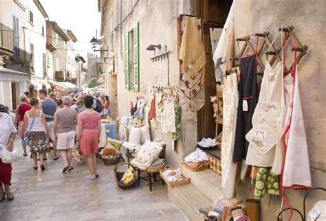 Excursions Top Market by Alcudia Market From 12 00
