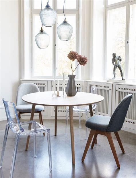 tisch für kleine küche d 228 nisches design esstisch h 220 bsch interior der runde tisch ist aus eichenholz und prima f 252 r