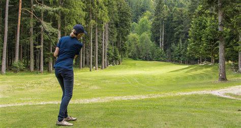 sommerenergie golfspiel im ossolatal visitossola