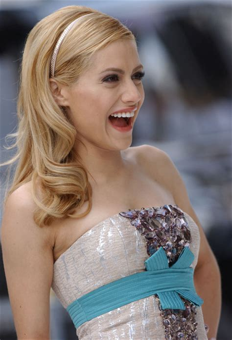 brittany murphy happy feet brittany murphy in quot happy feet quot world premiere 21 of 29