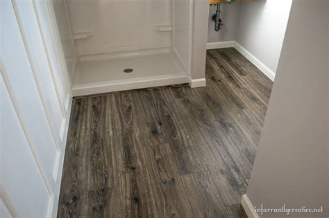 floor and decor laminate flooring in the bathroom and laundry room