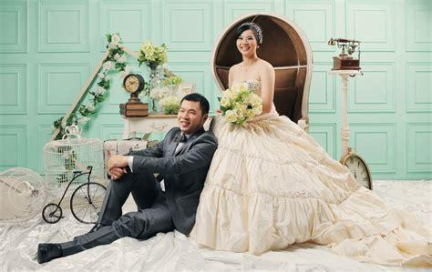 contoh foto prewedding indoor  romantis pernik dunia