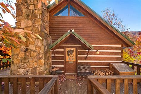 5 Bedroom Cabins In Gatlinburg by 5 Bedroom Pet Friendly Cabin Gatlinburg