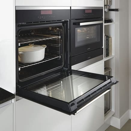 Lamona Touch Control Single Pyrolytic Oven  Howdens Joinery