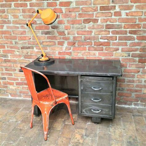 bureau vintage industriel ancien bureau industriel en métal magnifique patine