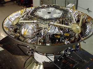NASA's Next Mars Lander Won't Launch in 2016, Leaky ...