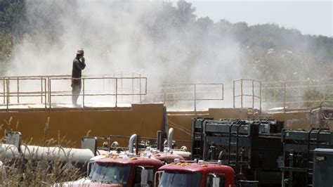 sand  fracking  pose lung disease risk  workers