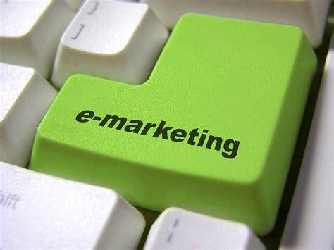 E Marketing literature review e marketing nmtp05liuxueyuan s
