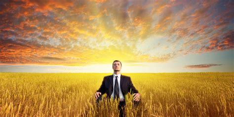 mindfulness meditation improves depression pain