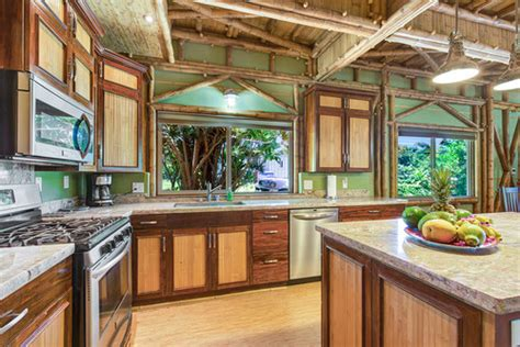 balinese kitchen design 7 simple ways to make your home more tropical 1454