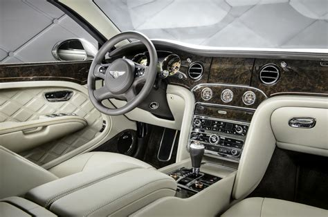 new bentley interior あらゆる自動車のインパネ周りの写真を集めまくったサイト car ux gigazine
