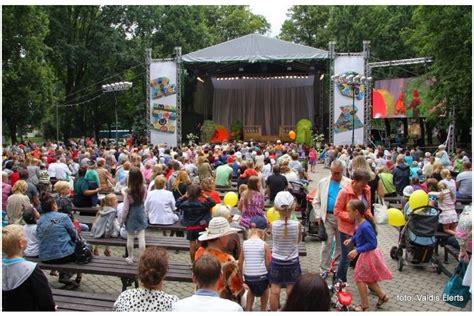 Rīgas svētki turpinās ar operešu mūzikas koncertu ...
