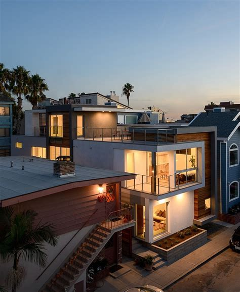 Impressive Glass House In California by Small Modern Mansion Wearing Contemporary Style