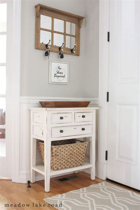 Best 25 Small Entry Tables Ideas On Pinterest Foyer Table