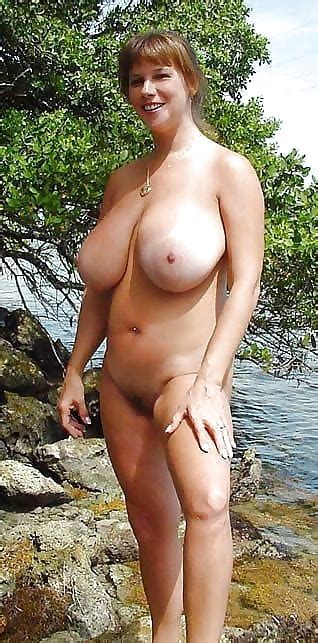 Sexy Matures And Milfs Naked In The Country 37 Pics