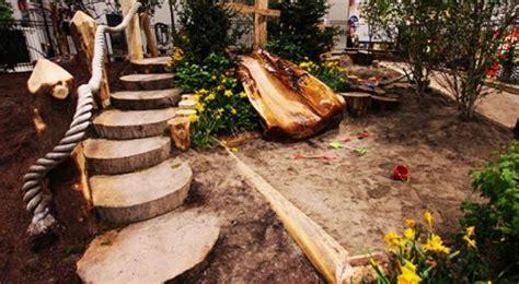 Leben Mit Kindern Spielgeraete Fuer Den Eigenen Garten by Abenteuerspielplatz F 252 R Kinder Zum Spielen Im Freien