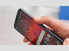 Moto Z3 Play arrives this summer for $499, extra battery
