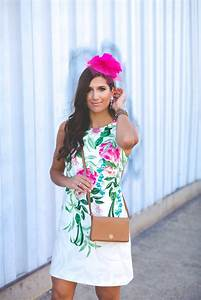 Kentucky Derby Outfit: Floral Shift Dress A Southern Drawl