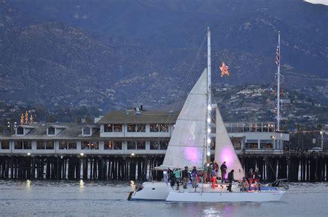 Santa Barbara Parade Of Lights by Deck The Hulls Boat Parades For 2018 The Log