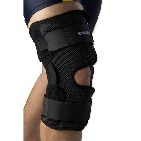 Coolmesh Hinged Knee Brace | Health and Care