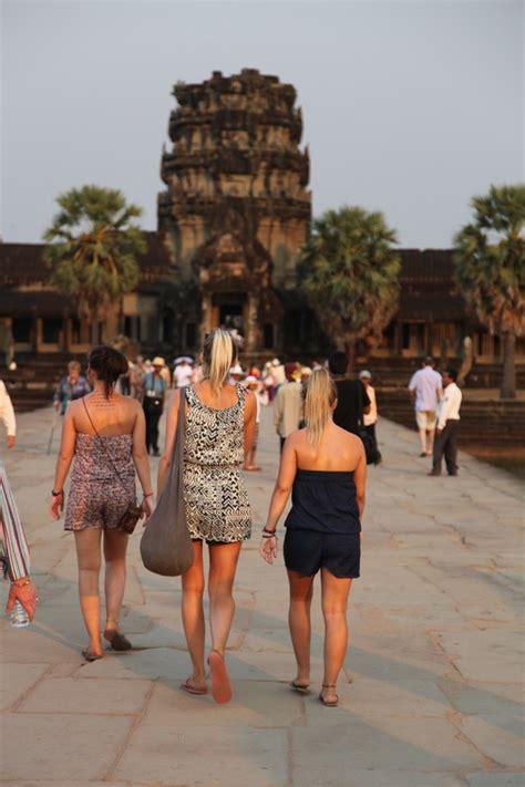 dress code  cambodia