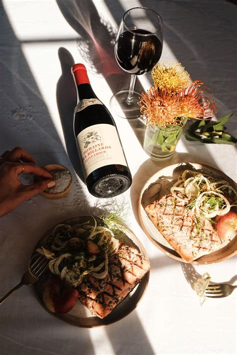 perfect grilled salmon   eattoglow beaujolais wine