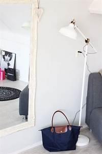 Lampe Sur Pied Scandinave : lampe scandinave ranarp par ikea 24 id es de d co sympa ~ Teatrodelosmanantiales.com Idées de Décoration