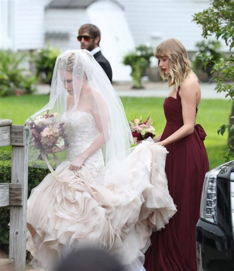 Taylor Swift Looks Stunning as a Bridesmaid For BFF ...