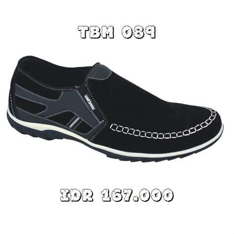 Jual Sepatu Pria Sepatu jual sepatu casual sepatu slip on pria sepatu sneakers
