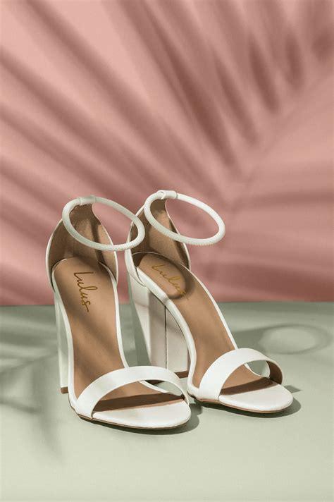 wear white heels  summer  ultimate guide