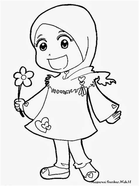 gudang mewarnai gambar kartun keluarga muslim phontekno