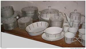 Service Vaisselle Complet Pas Cher : service de table 72 pieces vaisselle maison ~ Teatrodelosmanantiales.com Idées de Décoration