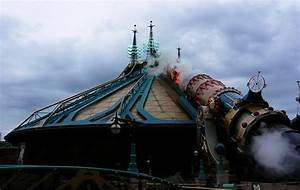 Disneyland Paris roller coasters & thrill rides