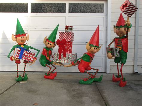 christmas decoration elf ideas christmas decorating