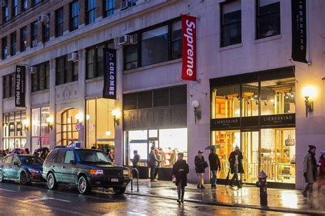 Supreme Store - supreme the official guide to new york city