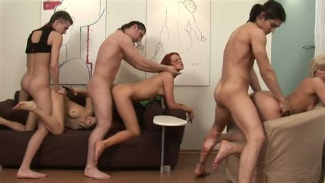 A Trio Of Insatiable Russian College Girls Are Fucking Men Video