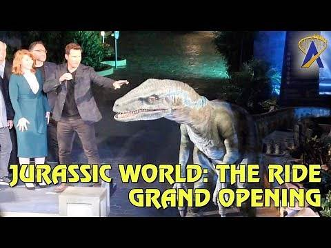 Jurassic World stars help open Jurassic World: The Ride at Universal Studios Hollywood