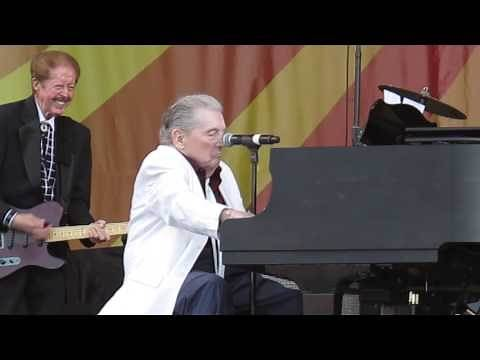 Jerry Lee Lewis - Great Balls of Fire @ New Orleans Jazz Fest 5-2-2015