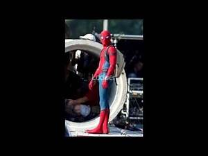 FIRST LOOK at Spider-Man: Homecoming (2017) Costume!