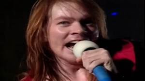 GUNS N' ROSES - Pretty Tied Up /Live In Tokio 1992