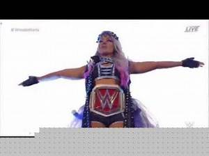 Alexa Bliss Entrance: Wrestlemania 34