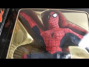 MARVEL FAMOUS COVERS SPIDER-MAN FIGURE REVIEW