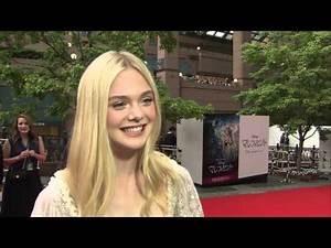 """Maleficent: Elle Fanning """"Aurora"""" Japan Premiere Movie Interview"""