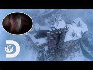 Transylvania's Mountain Top Fortress Is Home To Dracula I Legendary Locations