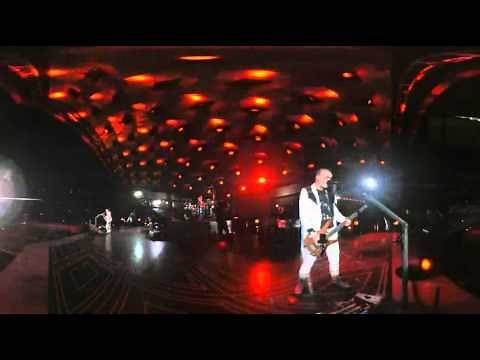 Muse - Intro Uprising (Live from Wembley Stadium)