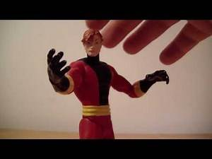 DC Direct Elongated Man Figure Review